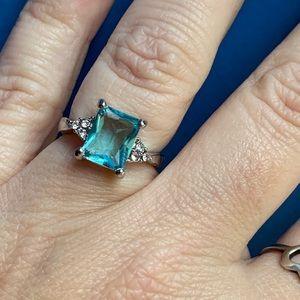 Jewelry - Beautiful Aquamarine